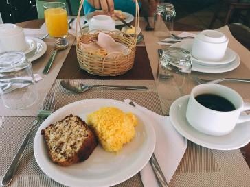 Café da manhã delicioso.